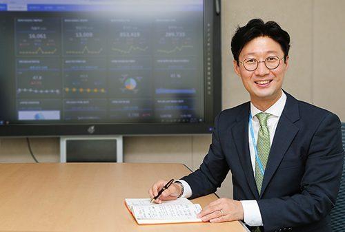 [직무소개] 동아쏘시오홀딩스 경영지원실 재경팀장 여균현 부장