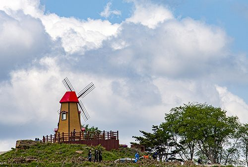 [사진으로 떠나는 여행] 푸른 하늘, 흰 구름을 담은 아름다운...
